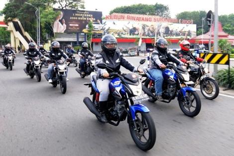 Econo Riding - 2