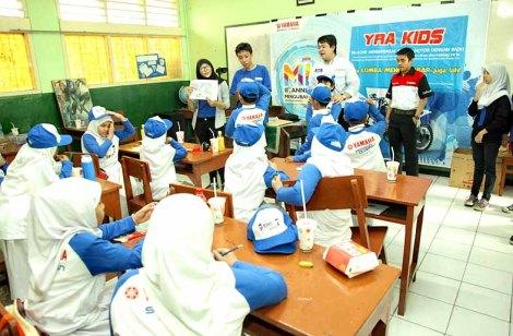 Penjelasan teori safety riding kids untuk SD Muhammadiyah 5 Tebet Jakarta